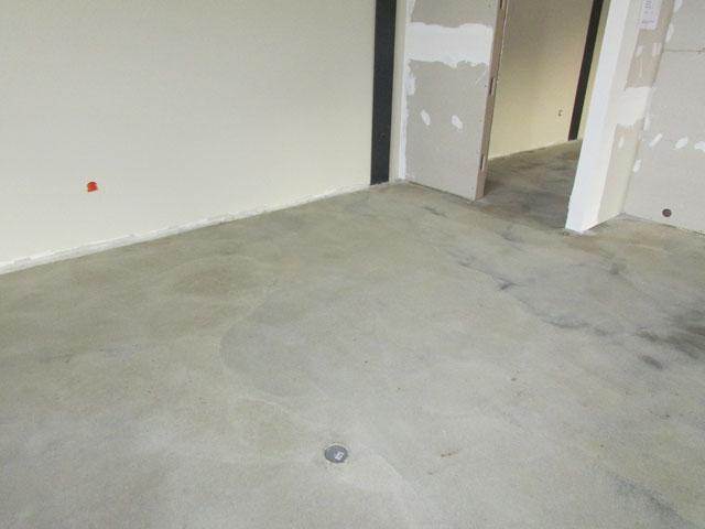 estrich polieren marmor vor dem schleifen und polieren. Black Bedroom Furniture Sets. Home Design Ideas